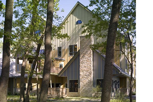 RONALD MCDONALD HOUSE OAK LAWN